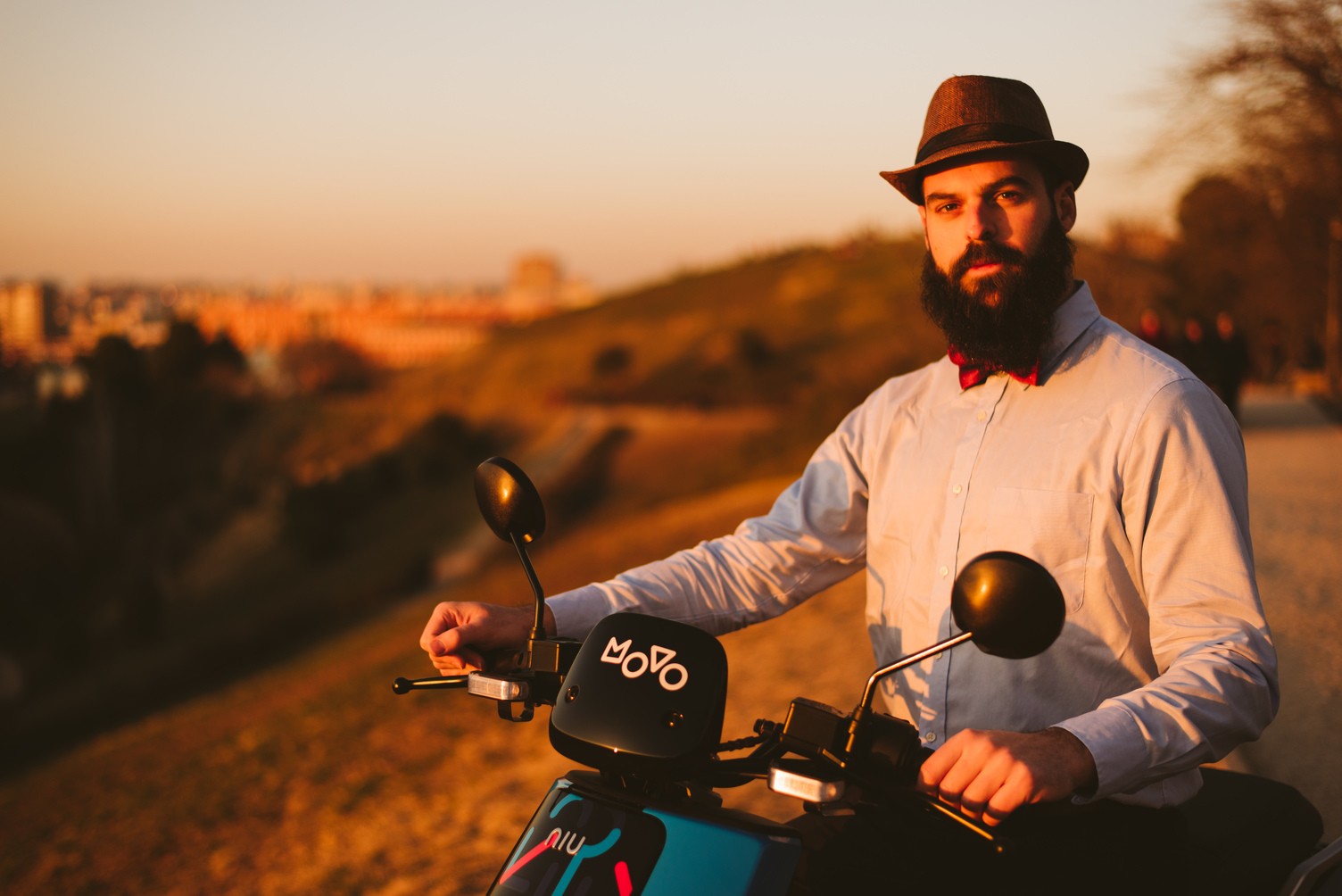movo moto_hipster